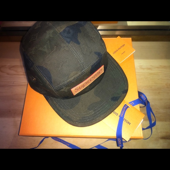 03d8cd675a5 Louis Vuitton Accessories